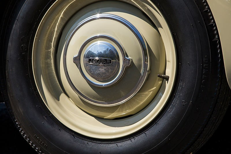 jaguar xk120 wheel