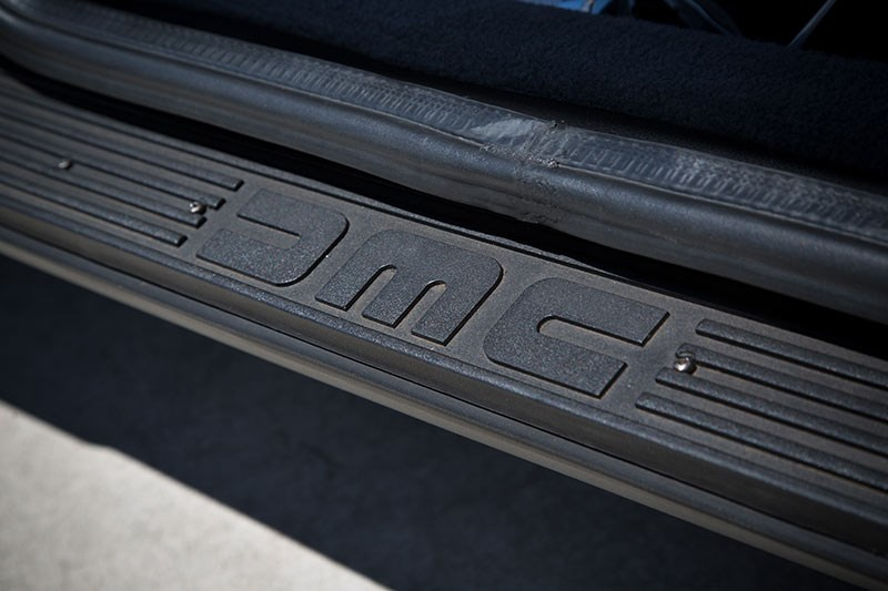 delorean dmc 12 doorsill