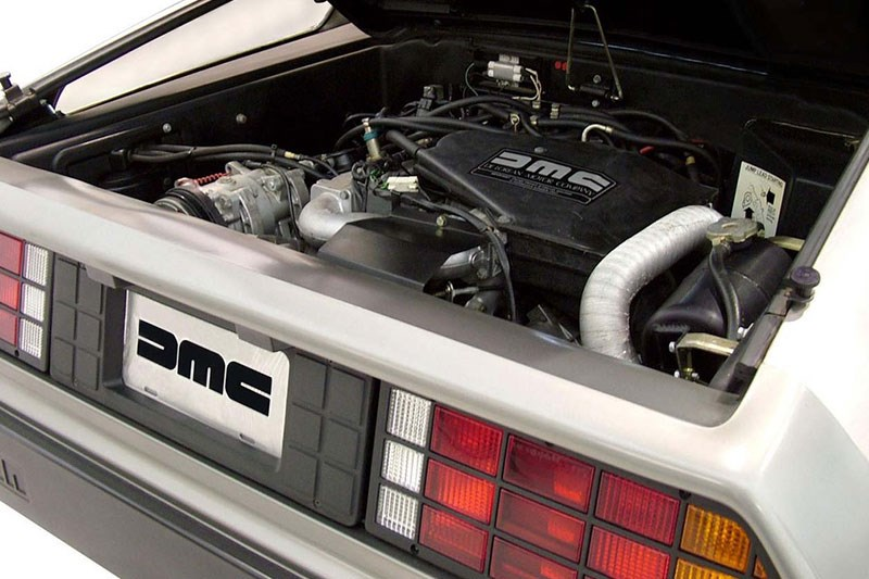 delorean dmc 12 engine bay 2