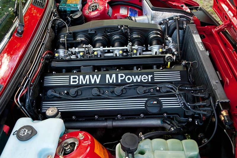1991 BMW 336i engine bay