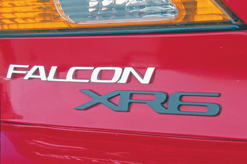 EL XR Falcon badge