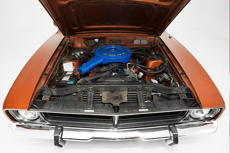 ford falcon xb engine bay