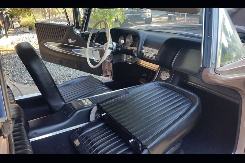 ford thunderbird seats
