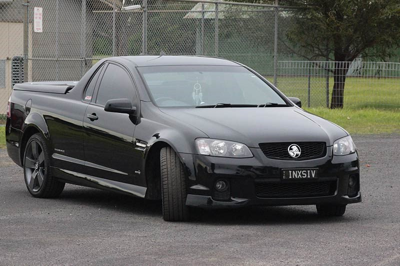 holden commodore ss ute front