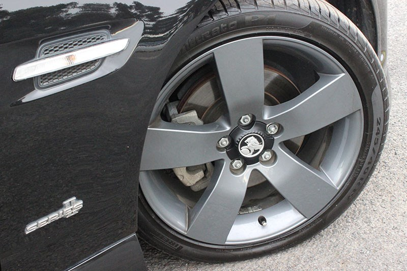 holden commodore ss wheel