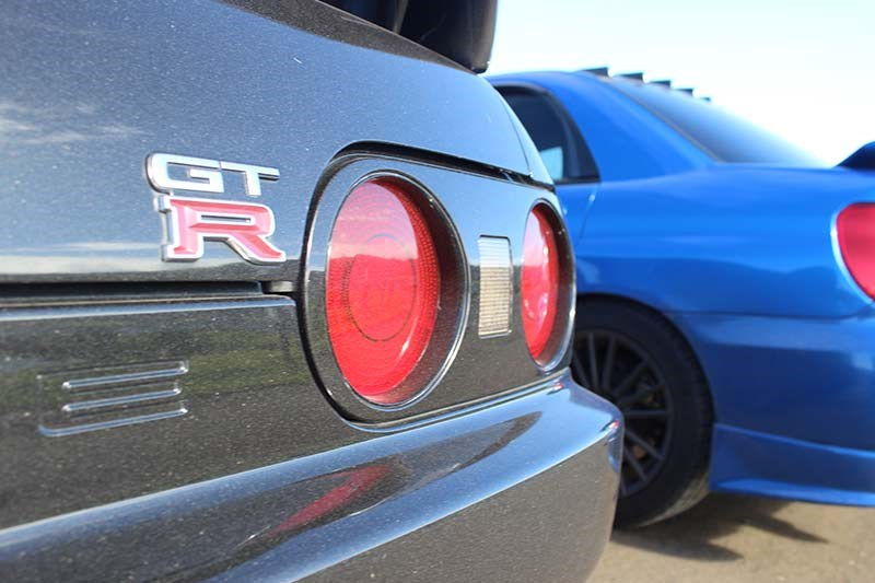 nissan skyline r32 tail lights 2