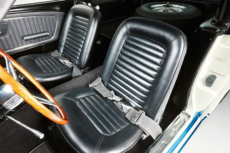 shelby mustang gt350 front seats