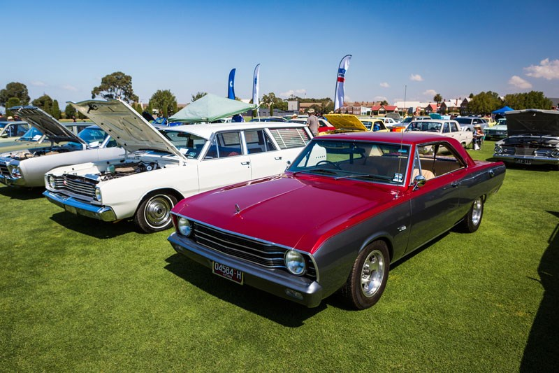 3285 chryslers by the bay