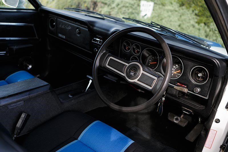 ford falcon cobra xc interior front