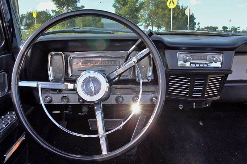 lincoln continental dash