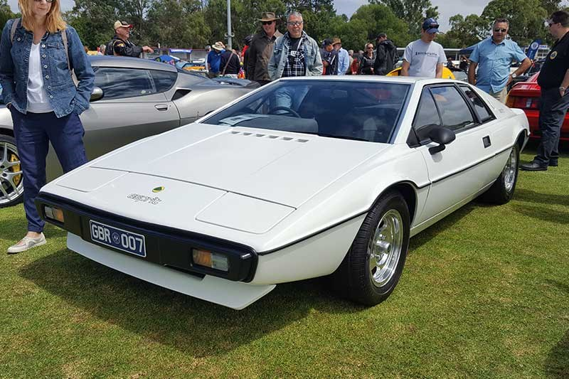 6 first gen lotus esprit