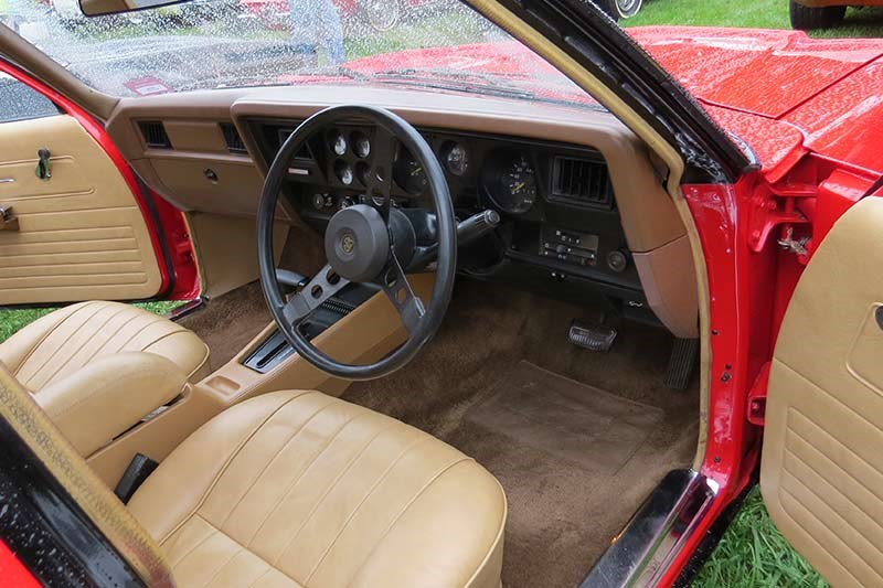 holden hz sandman ute interior