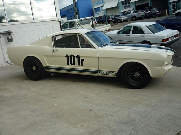 1965 Shelby Mustang GT350R recreation