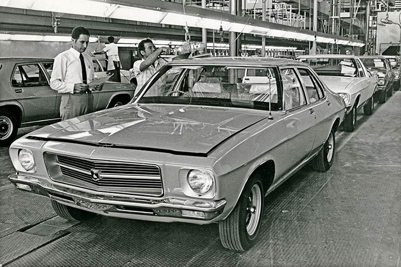 holden hq production line