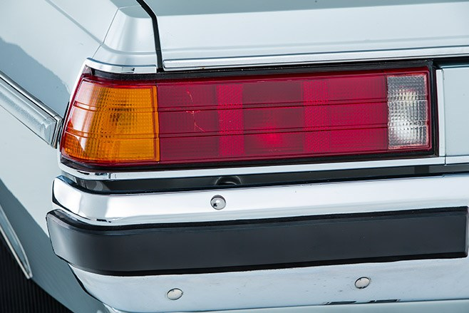 holden wb statesman tail light