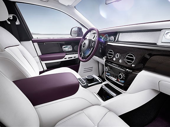 Rolls-Royce reveals new Phantom