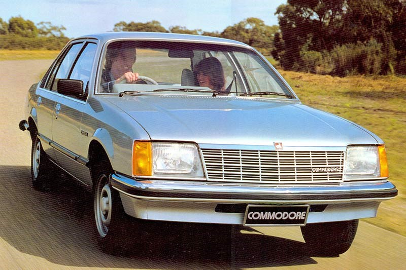 Holden commodore vb 2