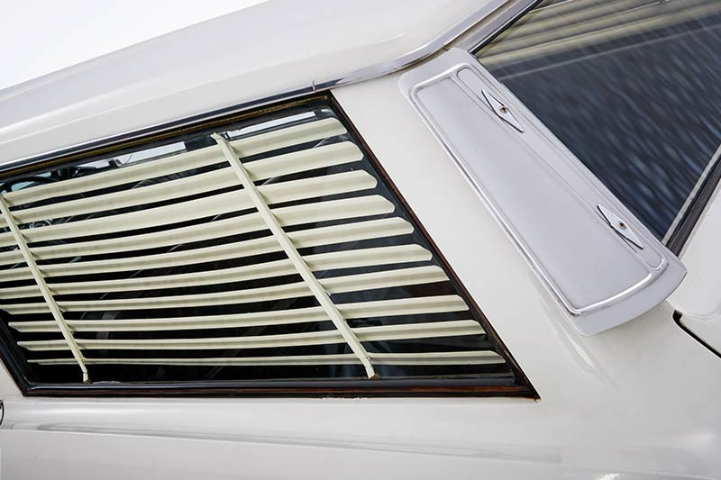 chrysler valiant wagon blinds