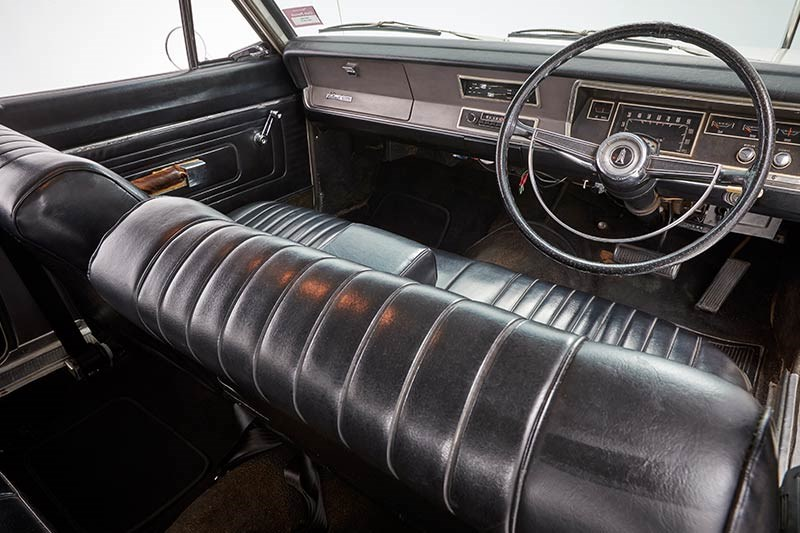 chrysler valiant wagon interior 2