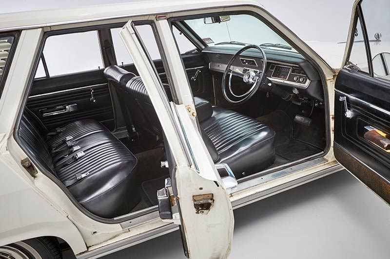 chrysler valiant wagon interior 3