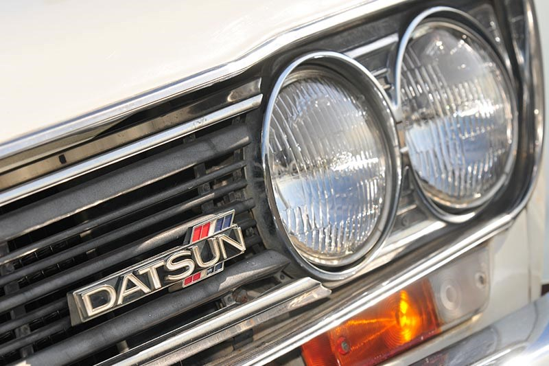datsun headlight