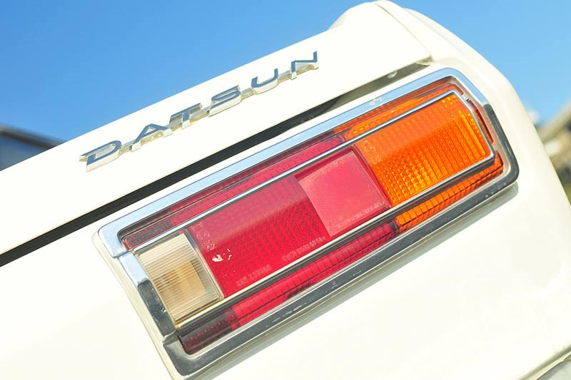 datsun tail light 2