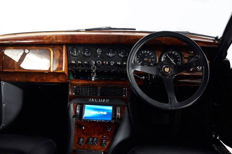 jaguar mkii interior