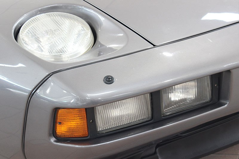 porsche 928 headlight