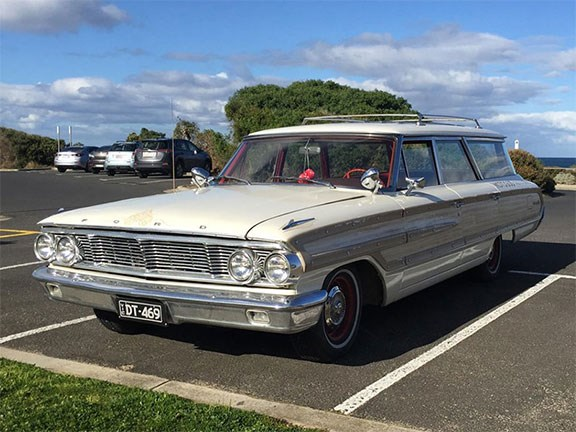 1964 Ford Galaxie Country Squire Wagon