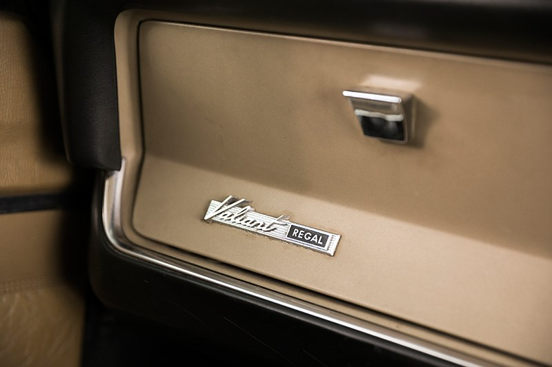 chrysler valiant glovebox