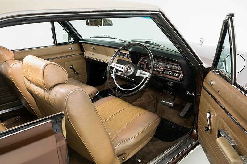 chrysler valiant interior front