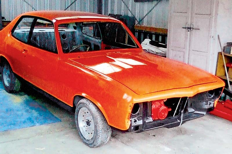 holden torana build shot 3