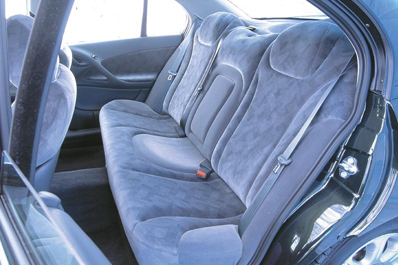 holden vt commdoore rear seat