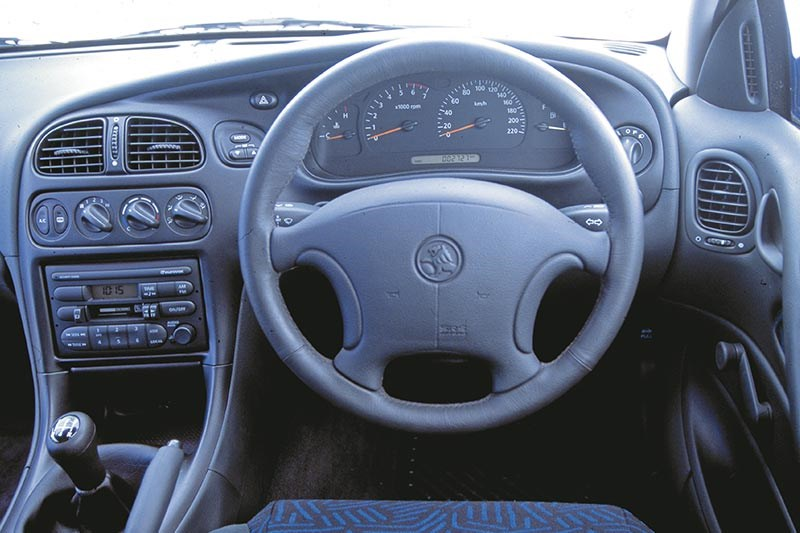 holden vt commodore interior