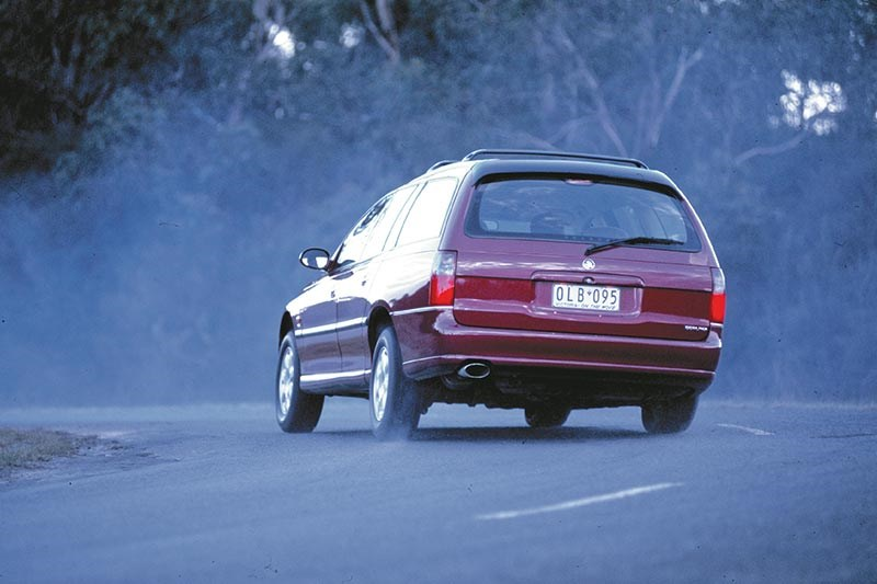 holden vt commodore wagon test