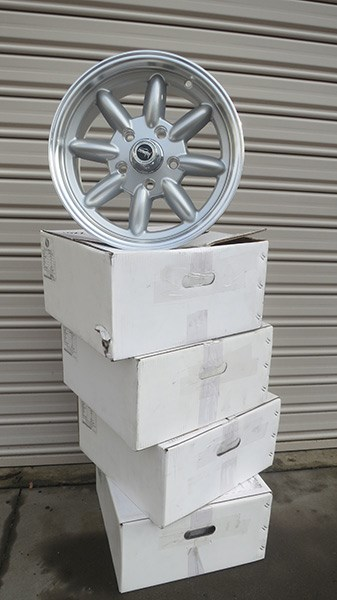 superlite wheels with boxes
