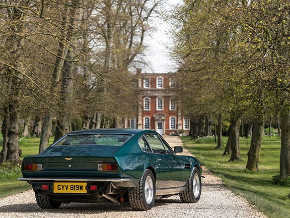 Aston Martin bent-eight bruisers and beauties at Goodwood