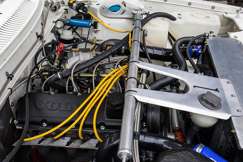 Volvo Race engine bay