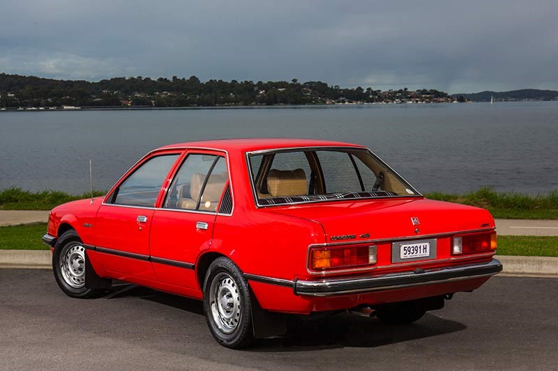 holden commodore vb back