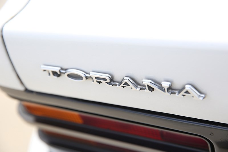 holden torana badge
