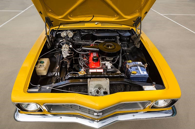 holden torana s engine bay