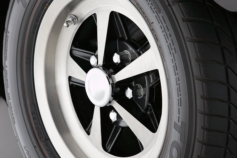 holden torana xu wheel