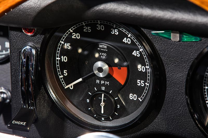jaguar e type resto gauge