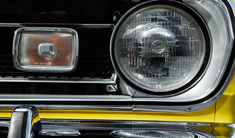 barracuda headlight