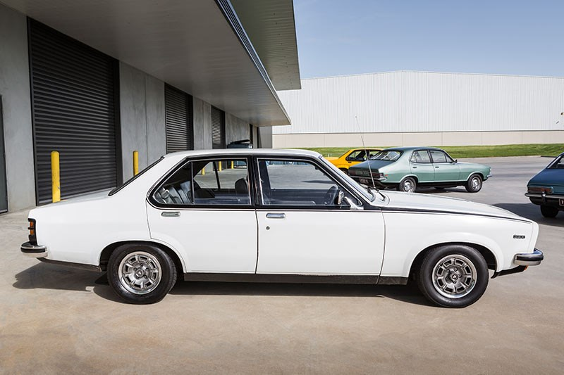 holden torana slr side