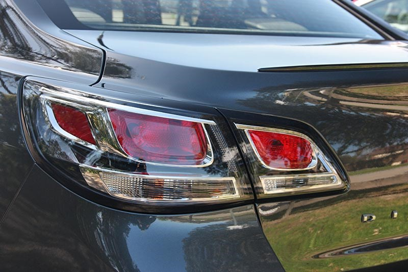 holden commodore director taillight