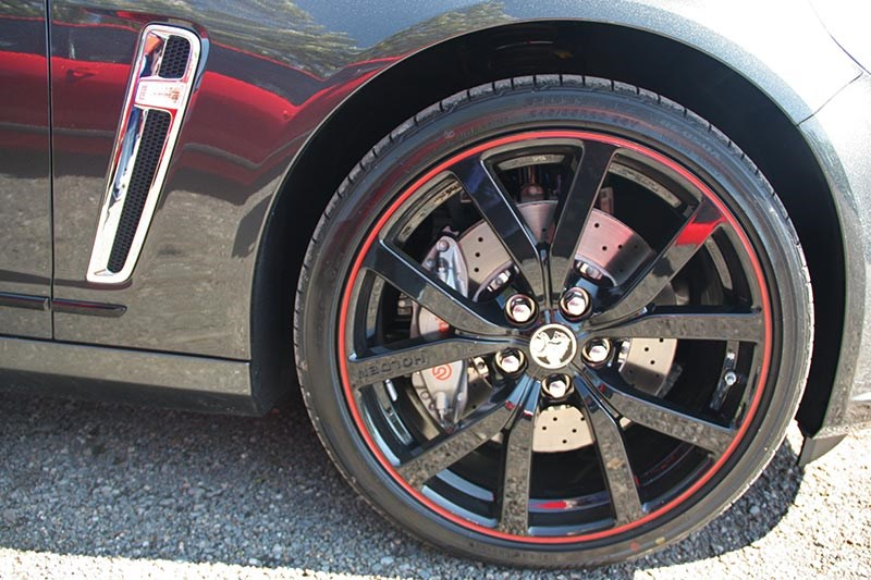 holden commodore director wheel