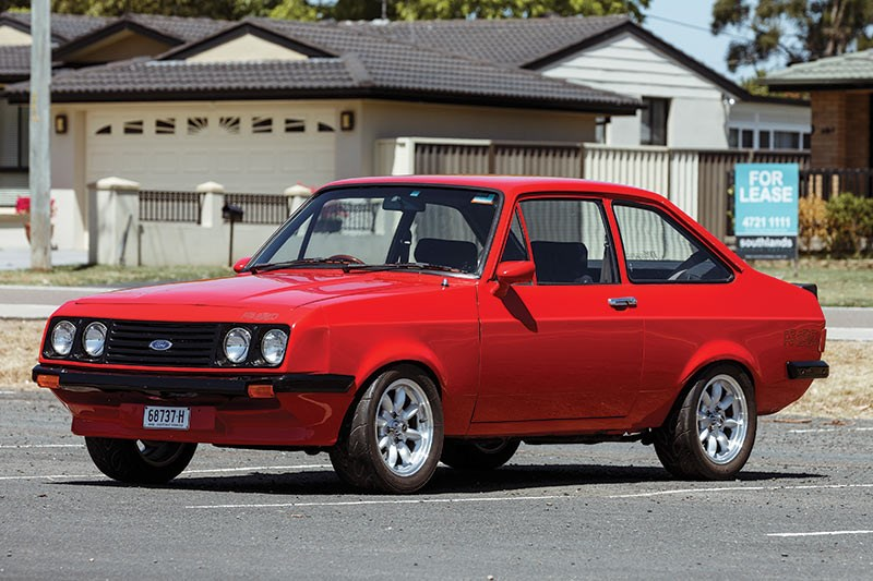 ford escort side
