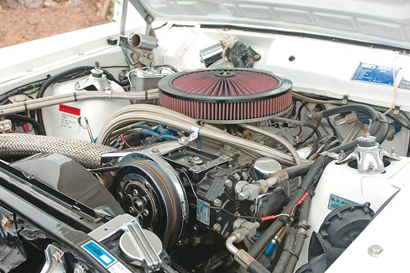 ford falcon xy stretch engine bay