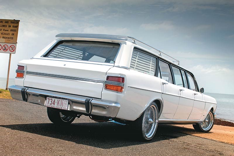 ford falcon xy stretch rear